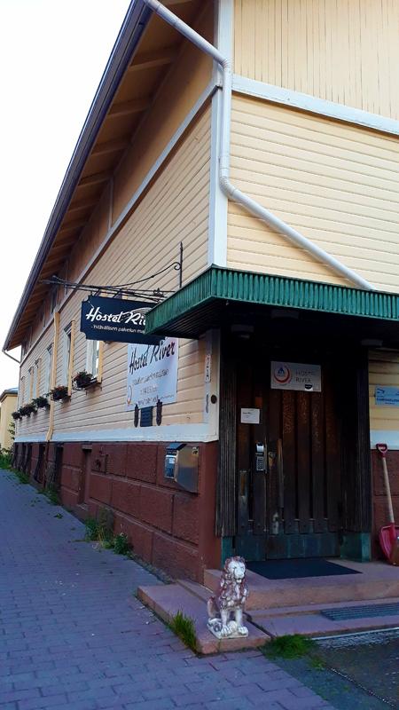 Hostellireissaaja Alex Salonaho Porissa ja Hostel Riverissä